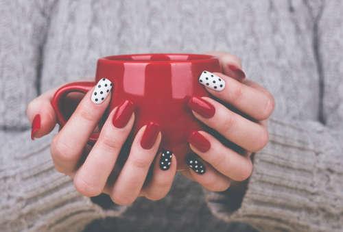 Фото ногтей простых но красивых